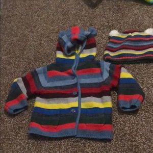 Baby hooded sweater and hat